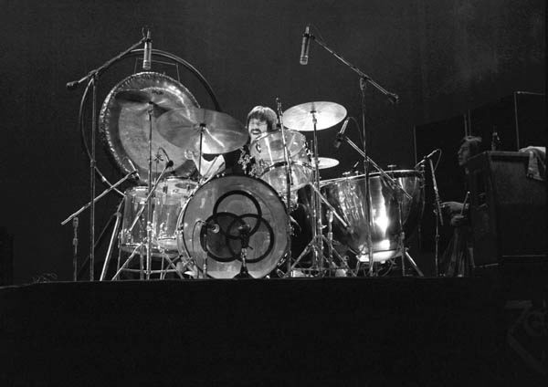 18598d1145416250-john-bonham-bonzo75_earlscourt